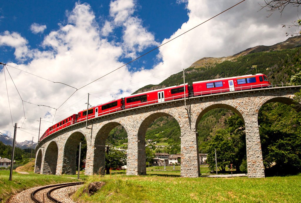 Фото: Поезд Bernina Express
