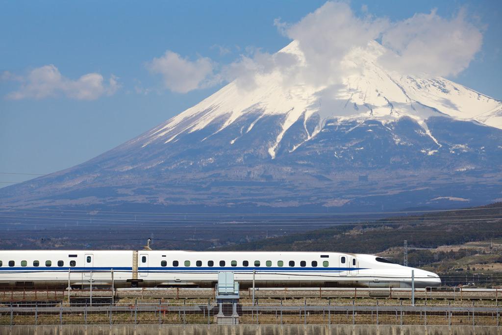 Фото: Рейс «Токио — Осака»