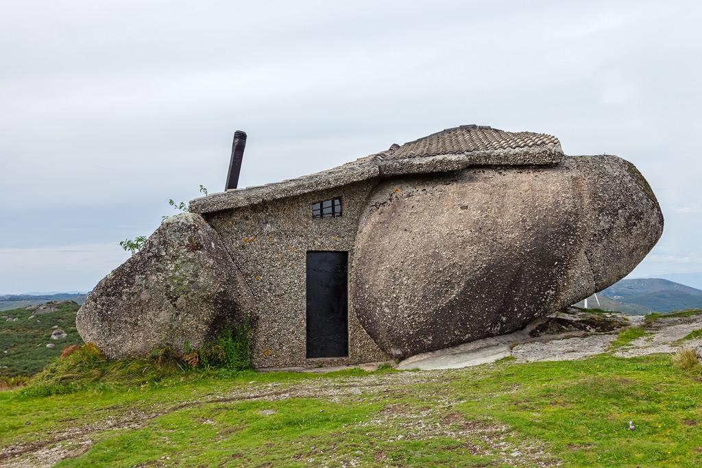 Фото: Каменный дом