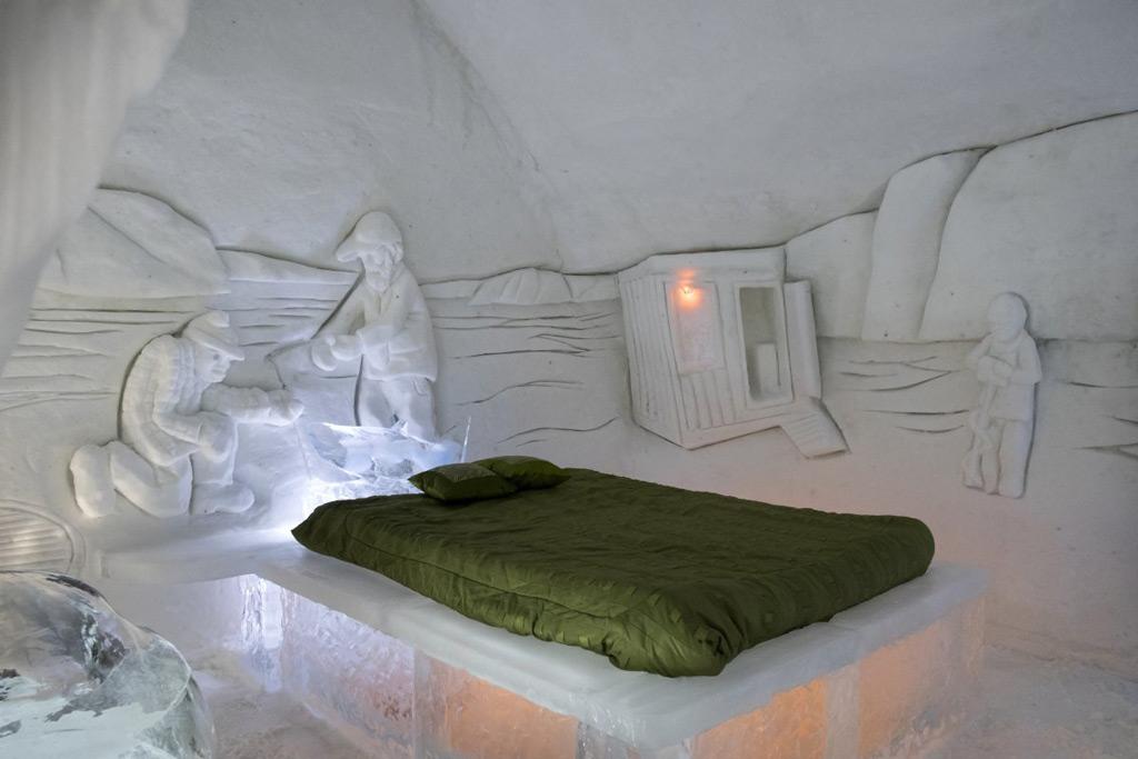 Фото: Ледяной отель