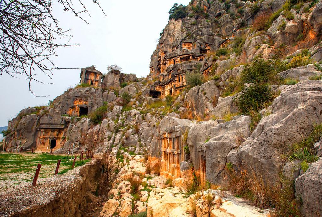 Фото: Ликийские гробницы