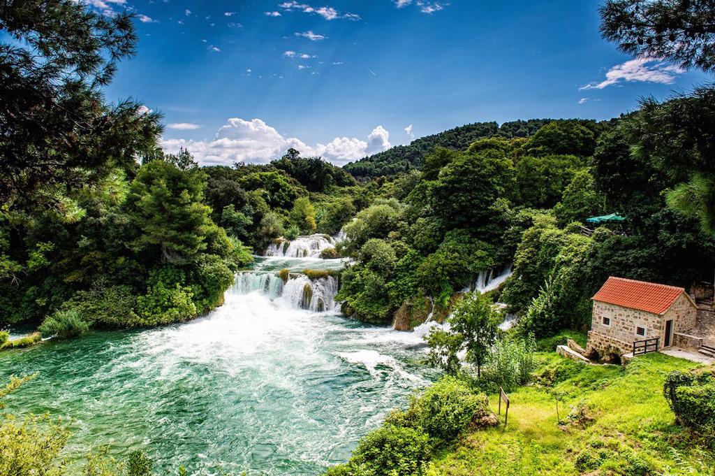 Фото: Водопад в потрясающем национальном парке Крка