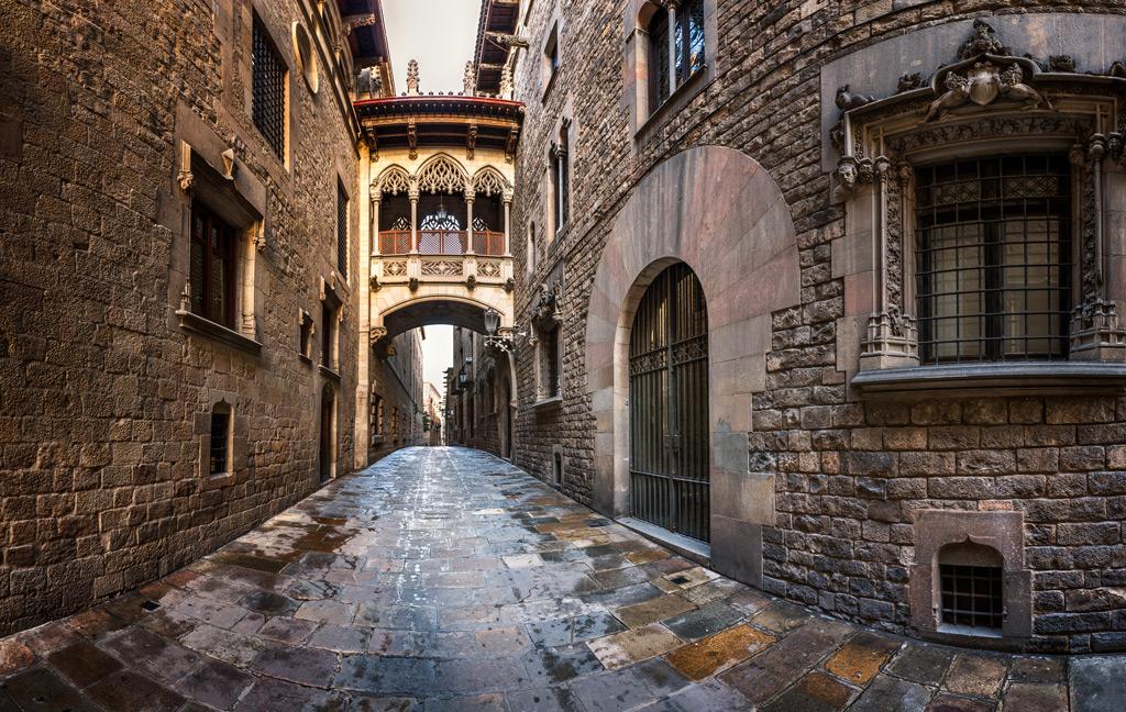 Фото: Музей под открытым небом «Испанская деревня»