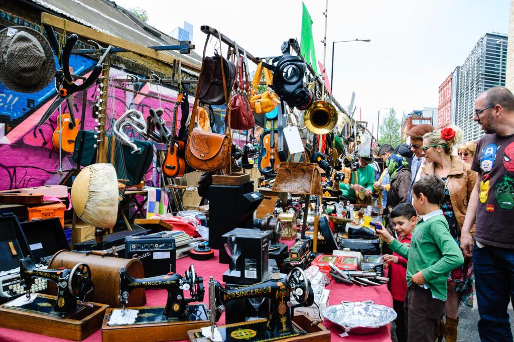 Фото: Блошиный рынок