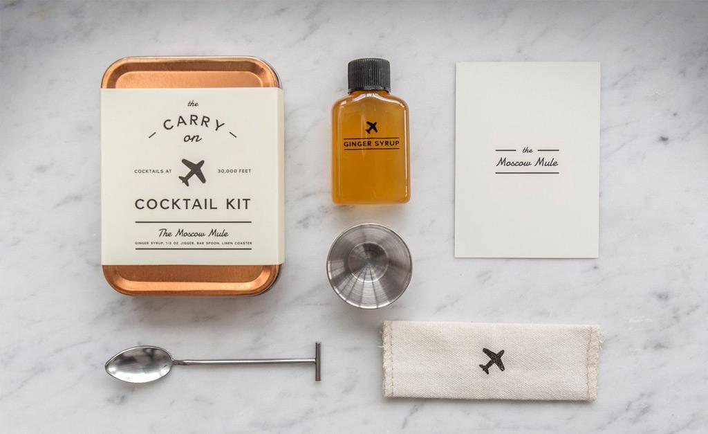 Фото: Мобильный набор для приготовления коктейлей Carry On Cocktail Kit