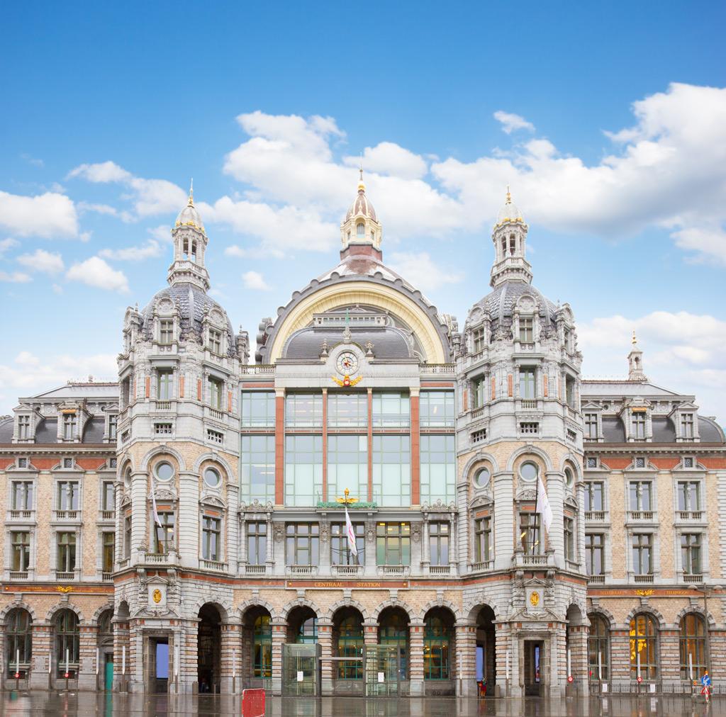 Фото: Antwerpen Centraal, Антверпен, Бельгия 10 самых красивых железнодорожных вокзалов мира 10 самых красивых железнодорожных вокзалов мира facade of antwerpen central railway station