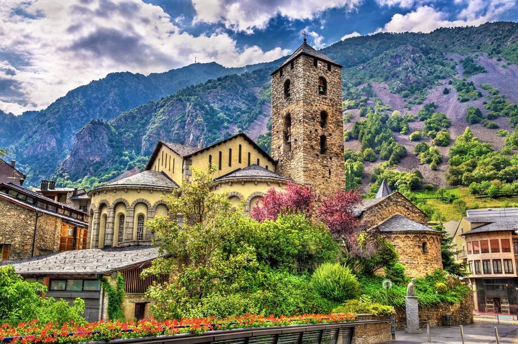 Фото: Церковь Сант-Эстев в Андорре