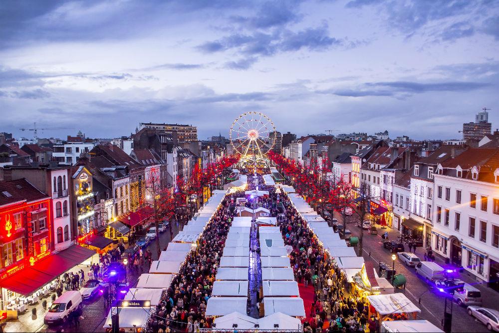 Фото: Рождественская ярмарка в Брюсселе