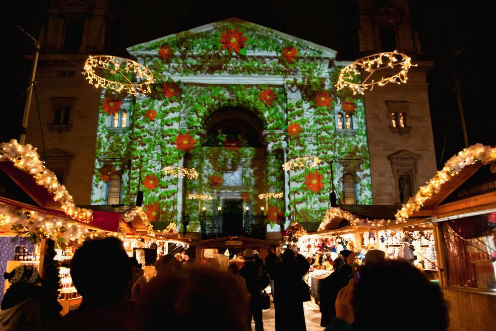 Фото: Рождественская ярмарка в Будапеште