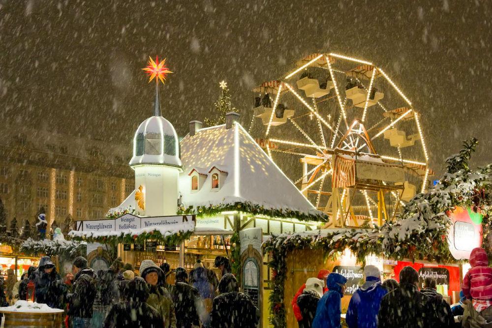 Фото: Рождественская ярмарка в Дрездене