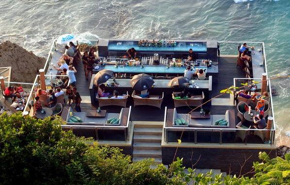 Фото: The Rock Bar