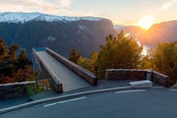 stegastein-aurland-fjord-norway