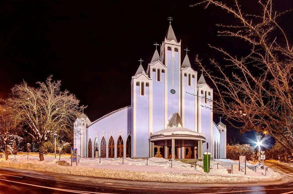 Фото: Церковь в Хевизе