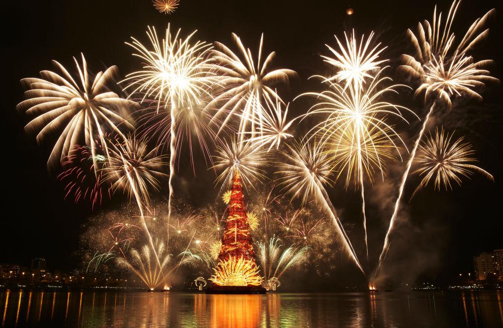 Фото: Новый год в Лиссабоне