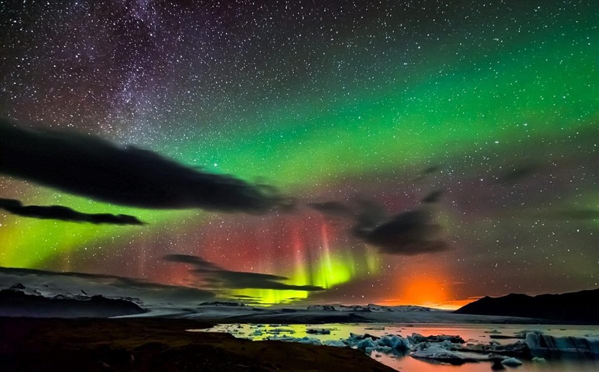 Фото: Северное сияние в Исландии