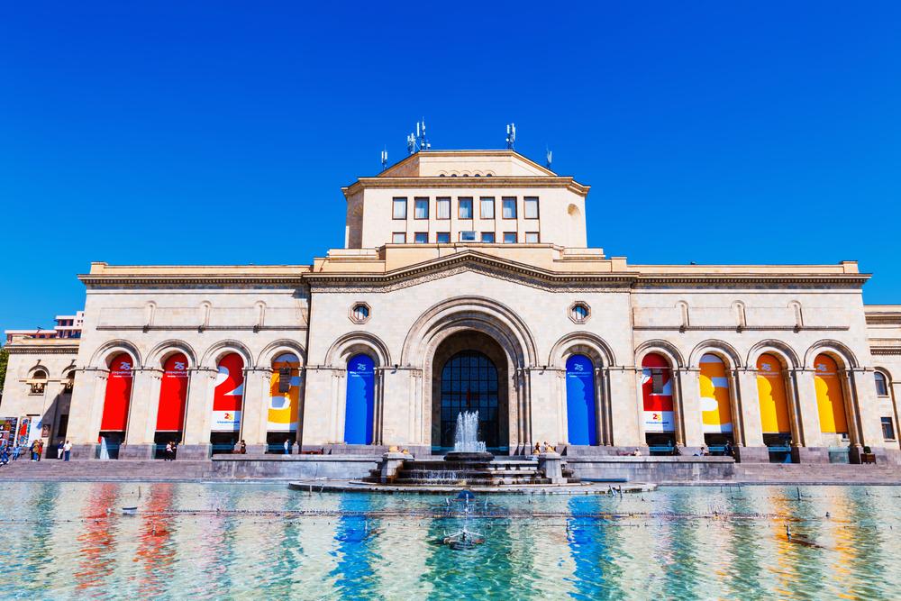 Фото: Музейный комплекс на площади Республики