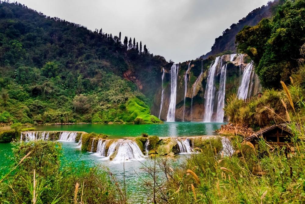 Фото: Водопад Цзюлун