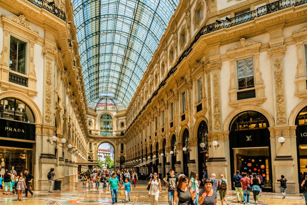 Фото: Летние распродажи в Италии