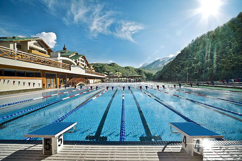 Фото: Плавательный бассейн