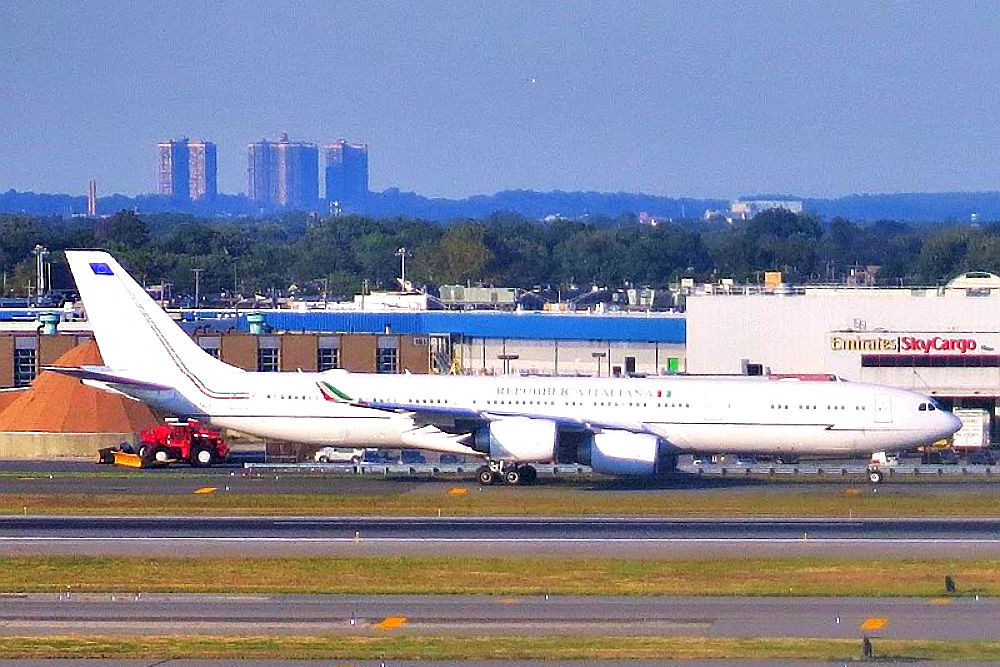 Фото: Airbus 340-500