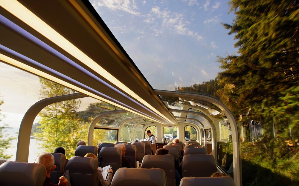 Фото: Поезд в Канаде