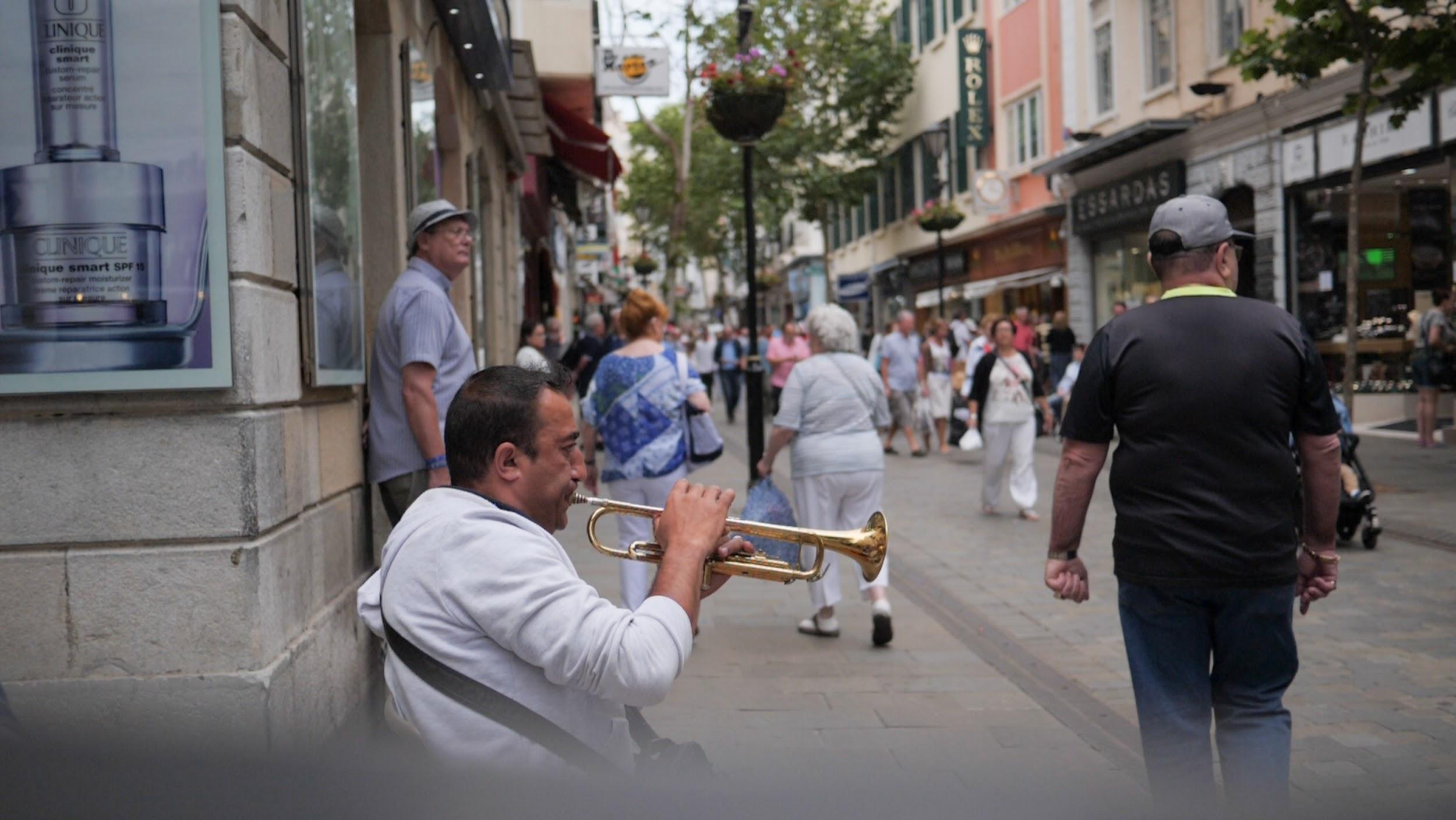 Фото: Уличный музыкант