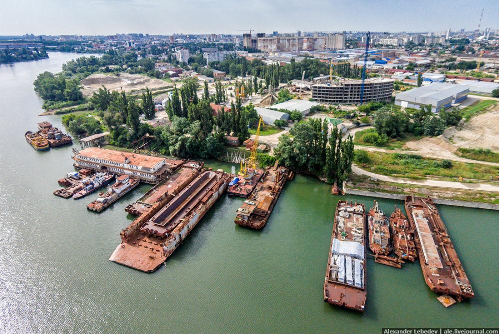 Фото: Кладбище речных кораблей