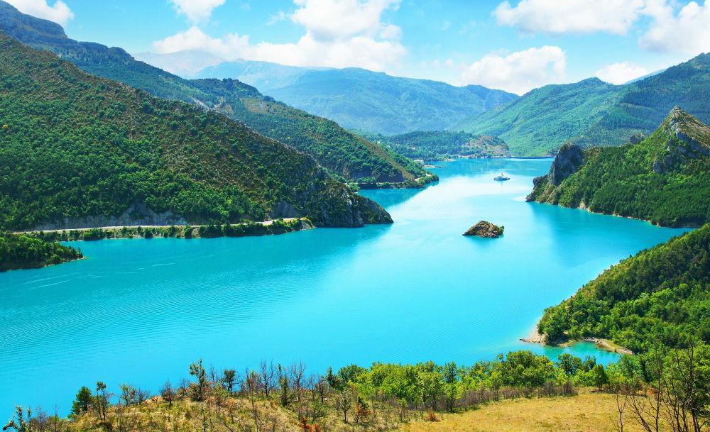 Фото: Озеро Кастийон