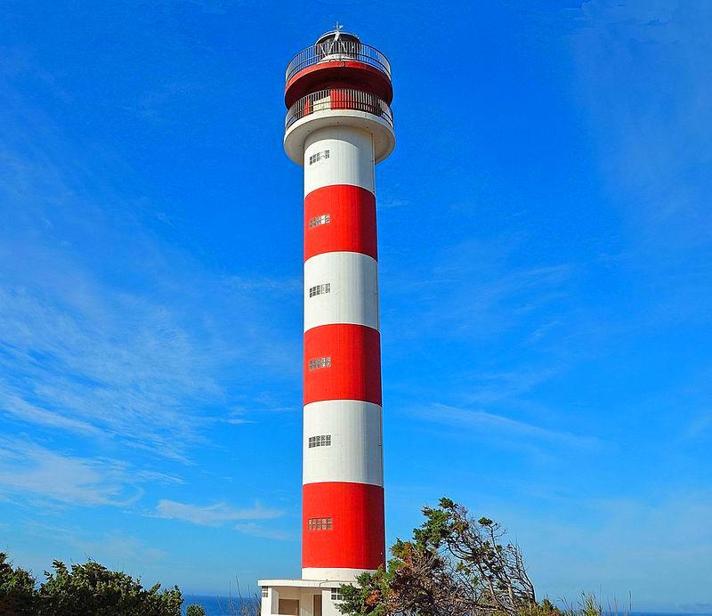 Фото: Маяк Faro de Adra