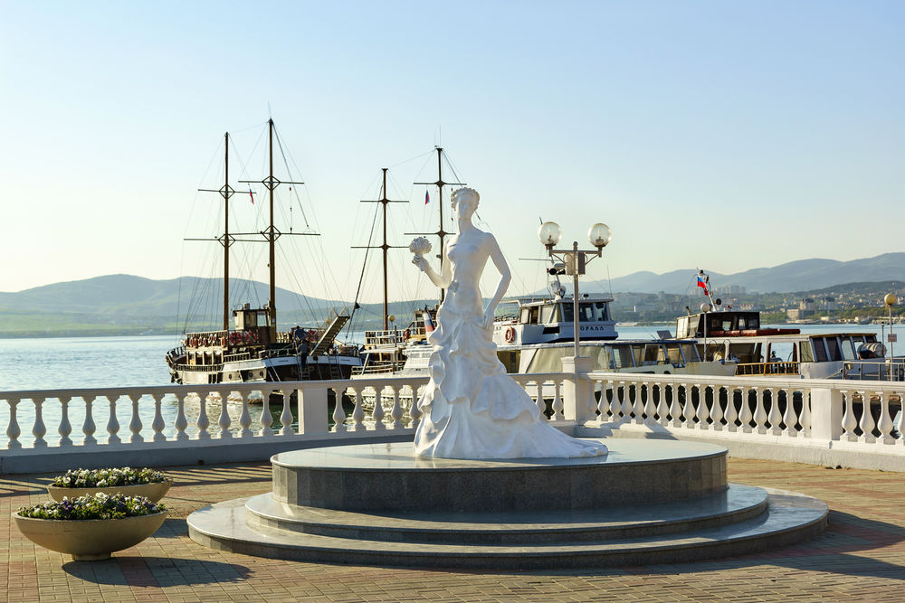 Фото: Скульптура «Белая невеста»