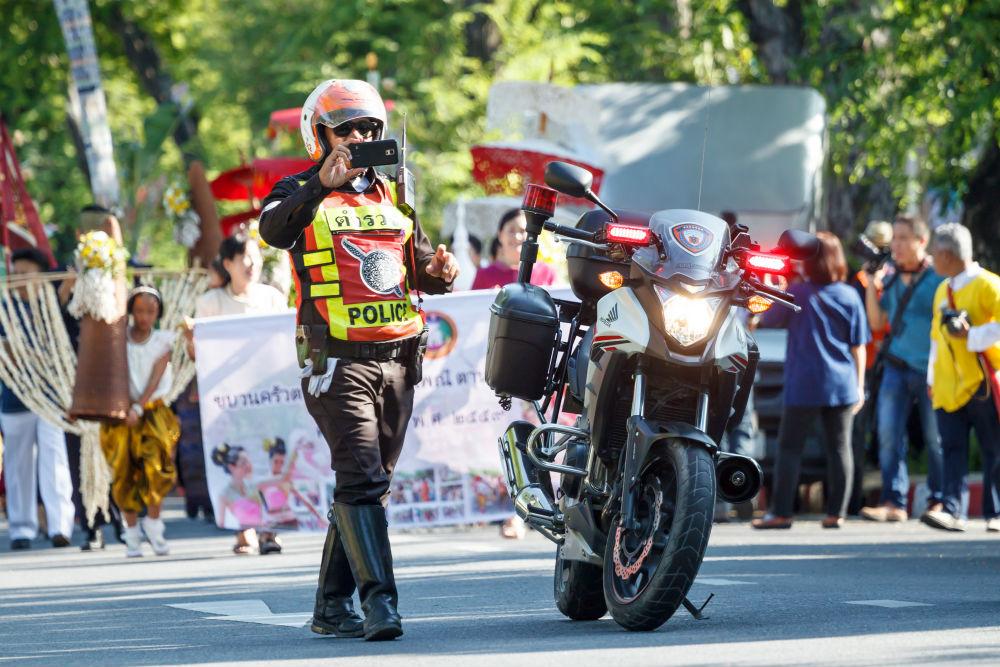 Фото: Инспектор дорожной полиции в Таиланде