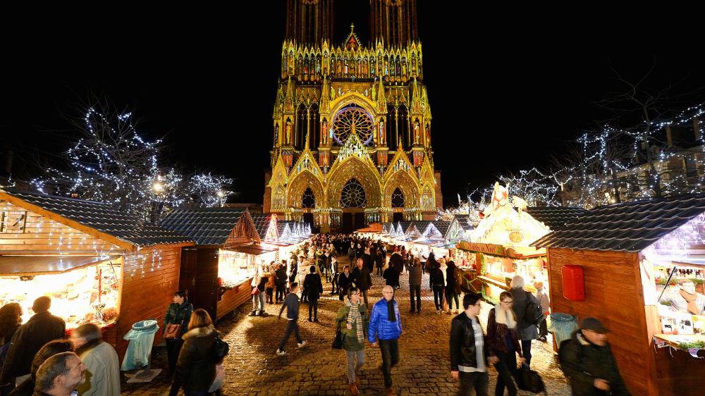Фото: Рождественская ярмарка в Реймсе