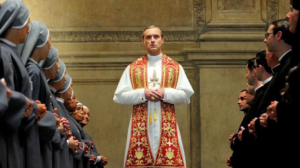 Фото: Кадр из сериала «Молодой Папа»
