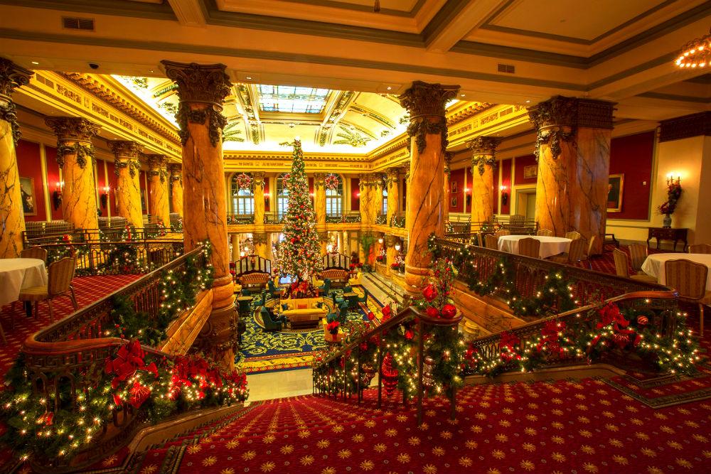 Фото: Рождественское оформление в Jefferson Hotel