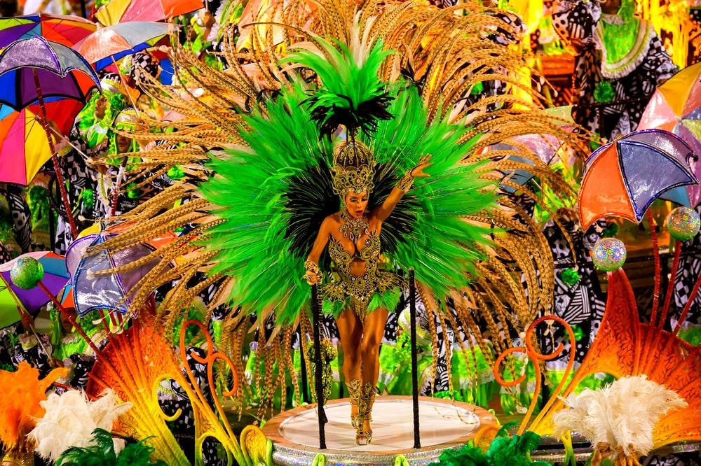Фото: Карнавал в Рио-де-Жанейро