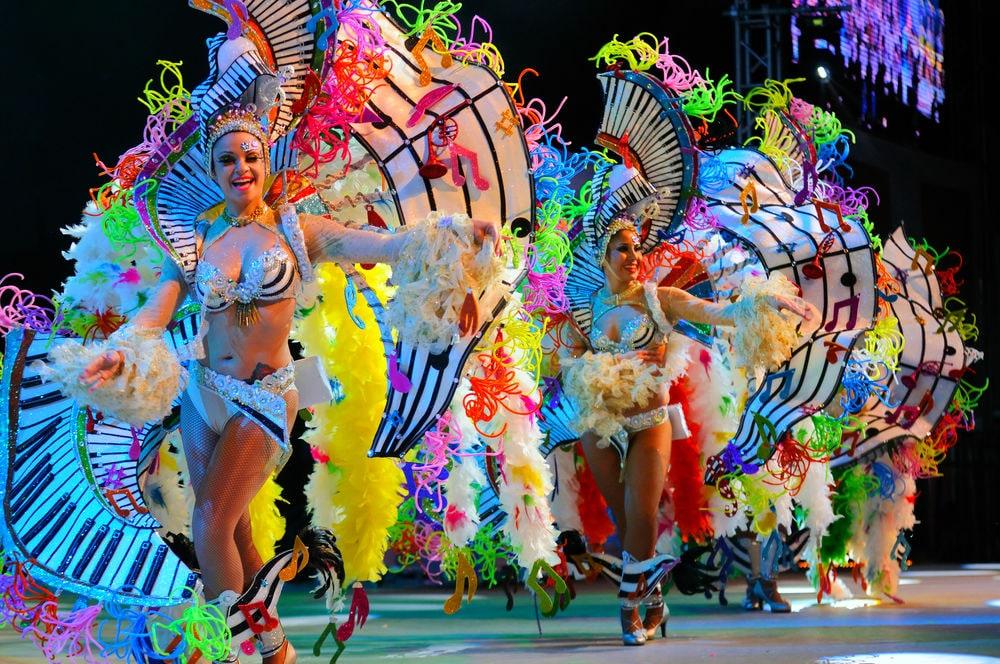 Фото: Карнавал в Санта-Крус-де-Тенерифе