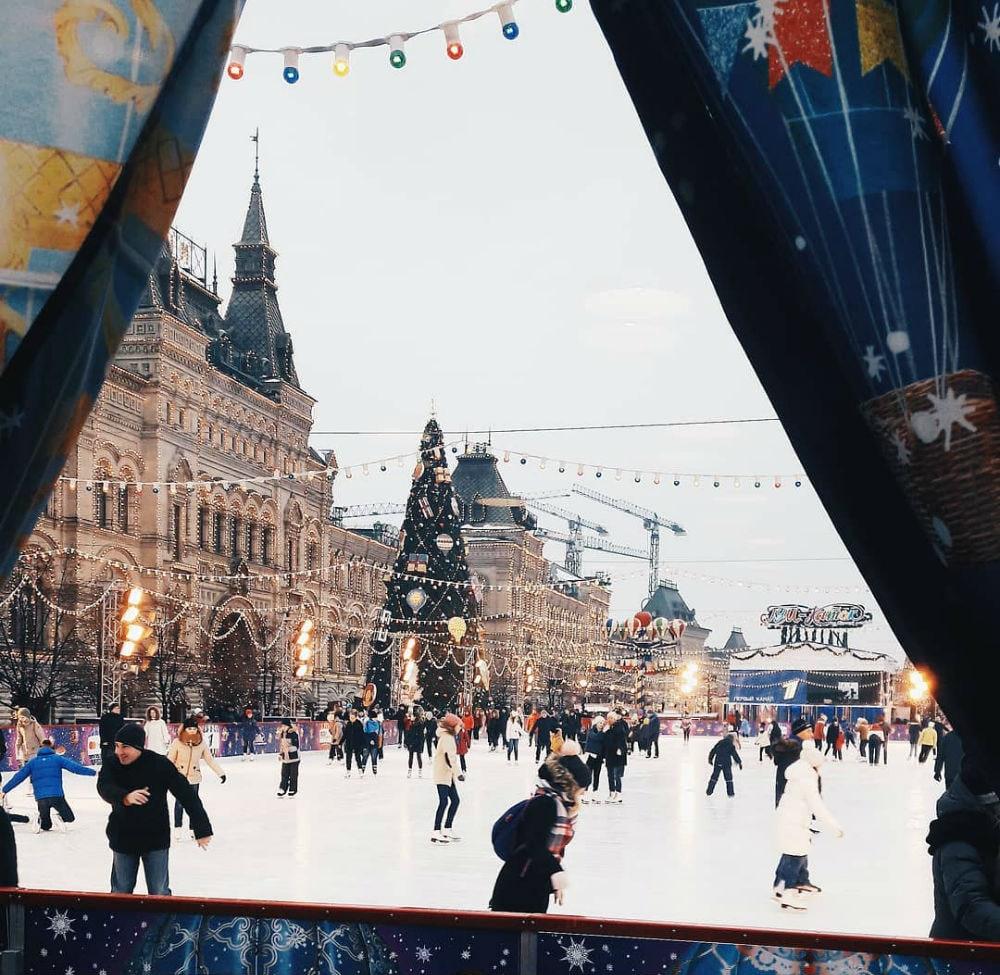 Фото: Каток на Красной площади