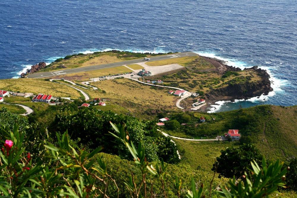Фото: Аэропорт на острове Саба