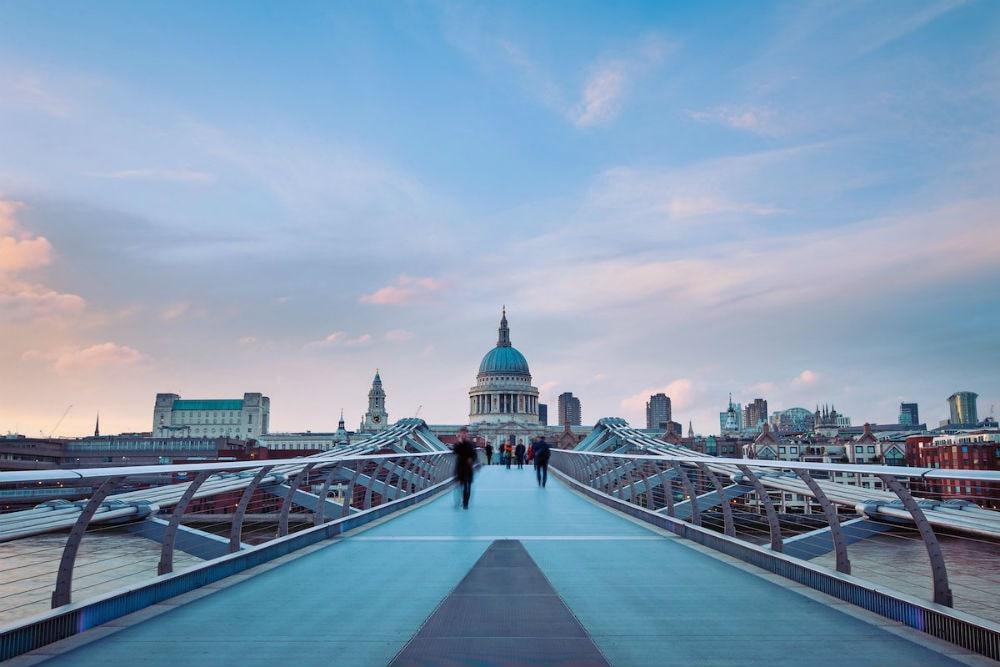 Фото: Мост Тысячелетия