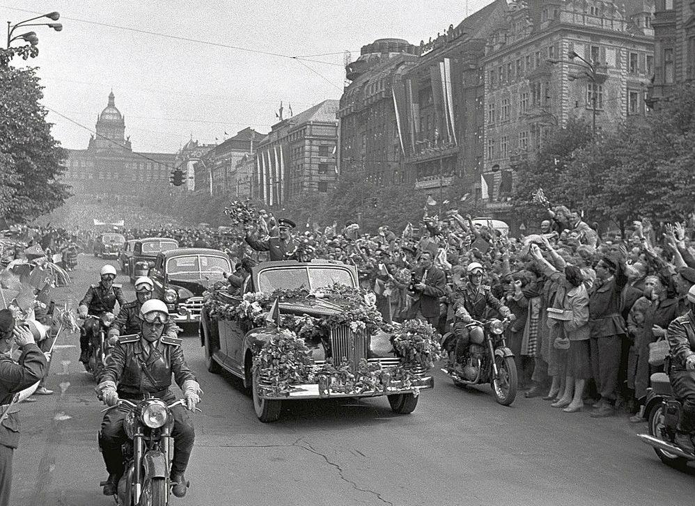 Фото: Гагарин в Чехии