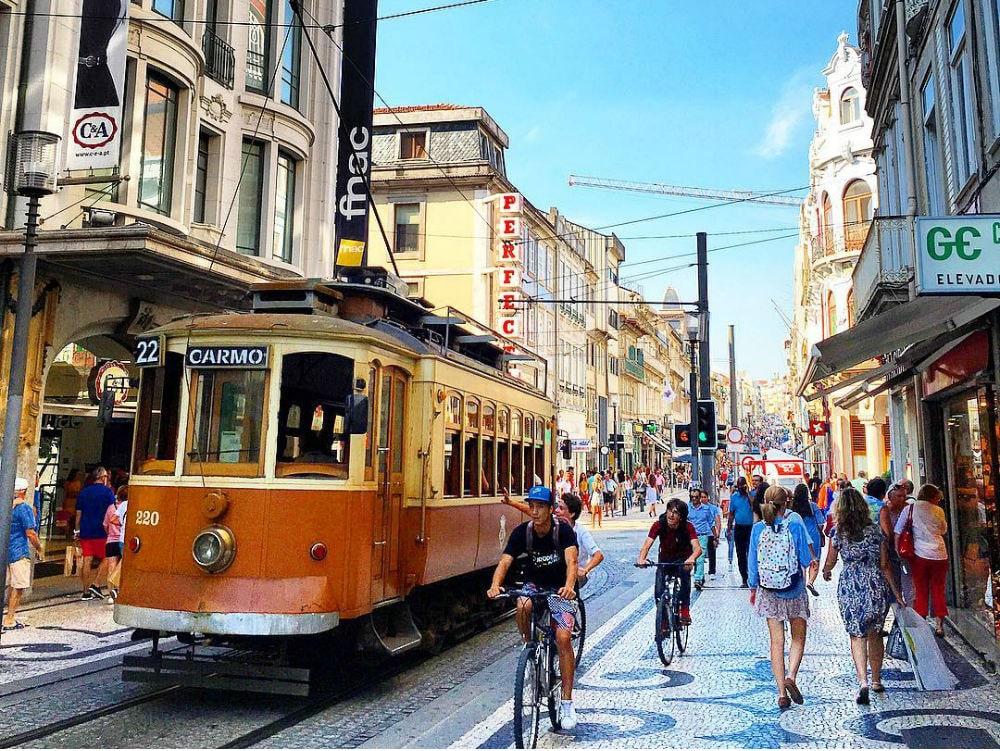 Фото: Трамвай в Порту