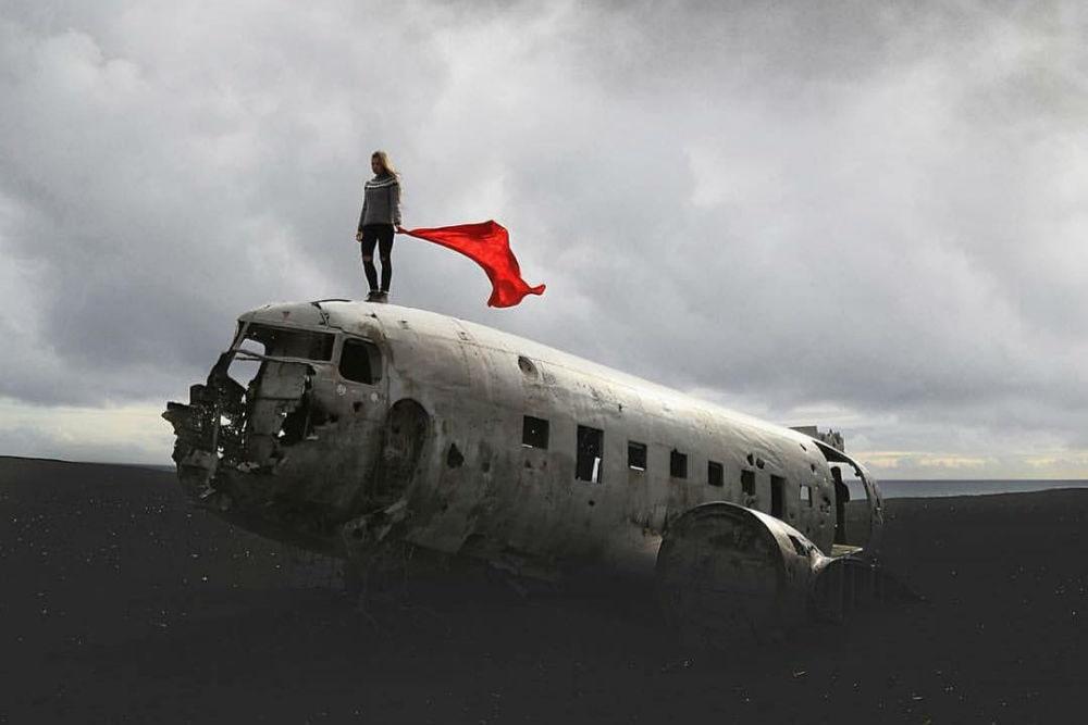 Фото: Самолет в Исландии