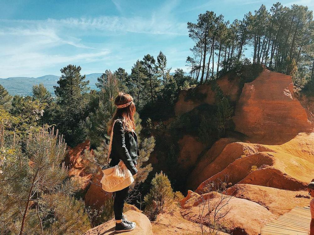 Фото: Охряной каньон Отдых Франция 10 природных чудес Франции: охряной каньон, меловые скалы и парк вулканов ocres de roussillon