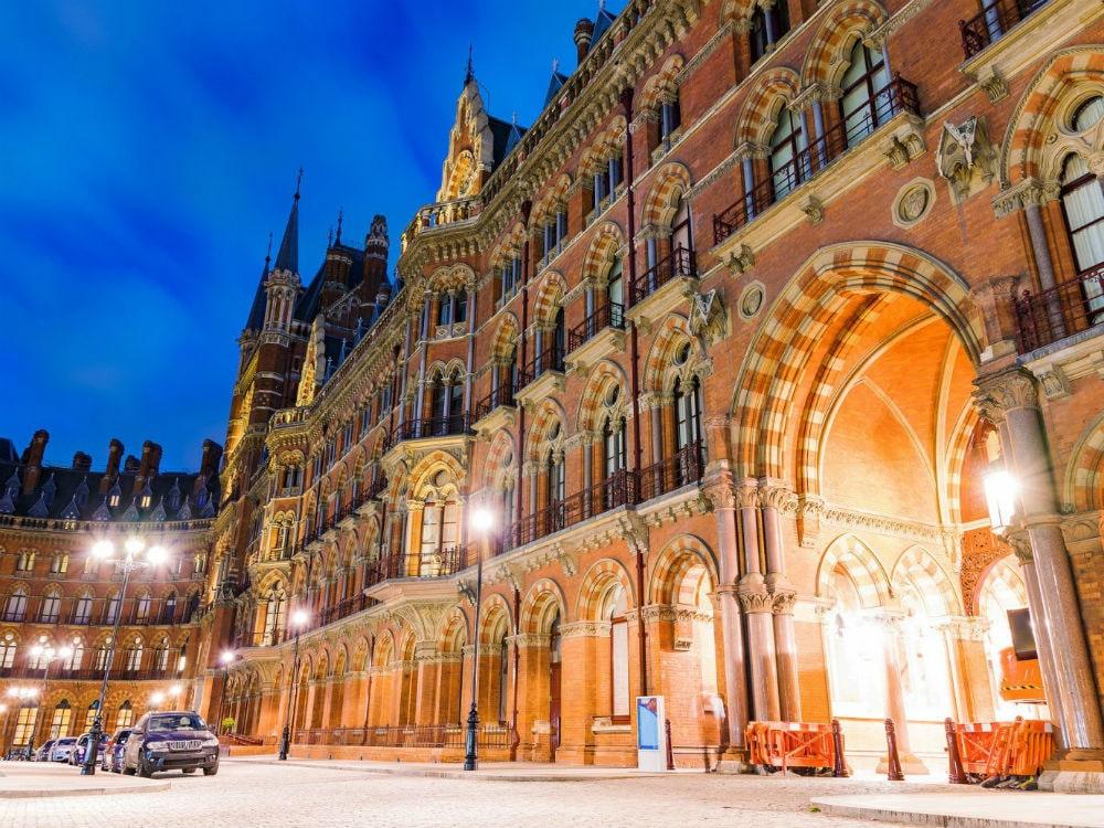 Фото: St. Pancras International 10 самых красивых железнодорожных вокзалов мира 10 самых красивых железнодорожных вокзалов мира st pancras international 4