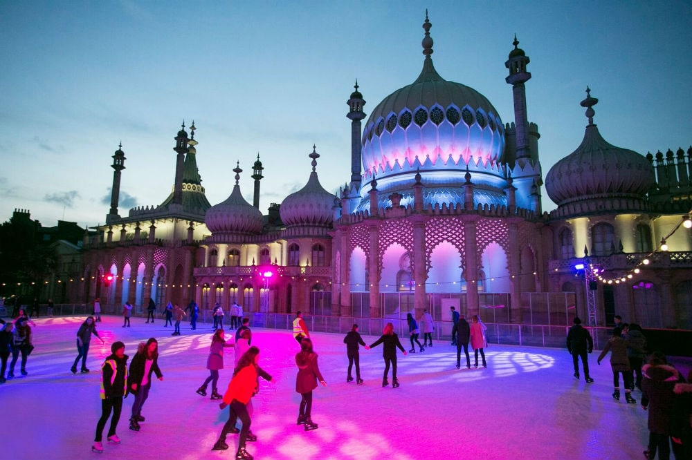 Фото: Ледовый каток Royal Pavilion