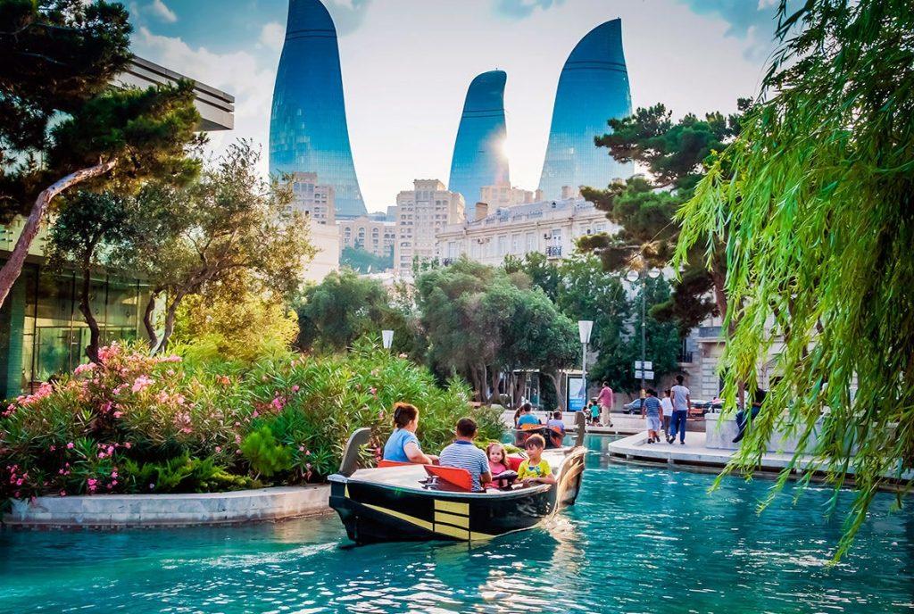 Фото: Азербайджан  10 стран мира, стремительно набирающих популярность baku 1024x688