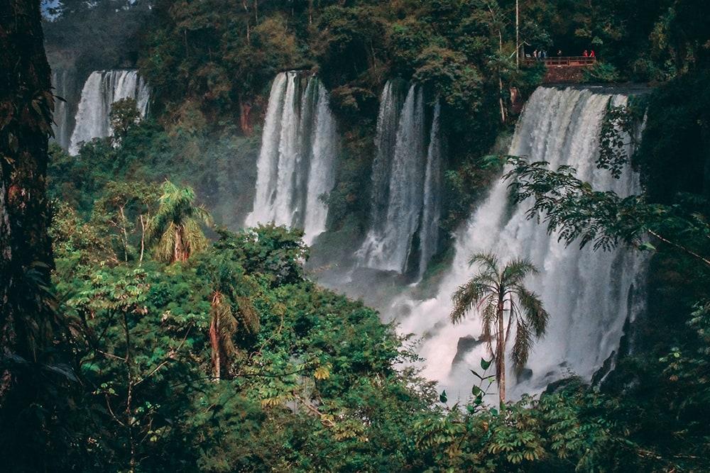 Фото: Водопады Игуасу  10 стран мира, стремительно набирающих популярность iguazu falls 1