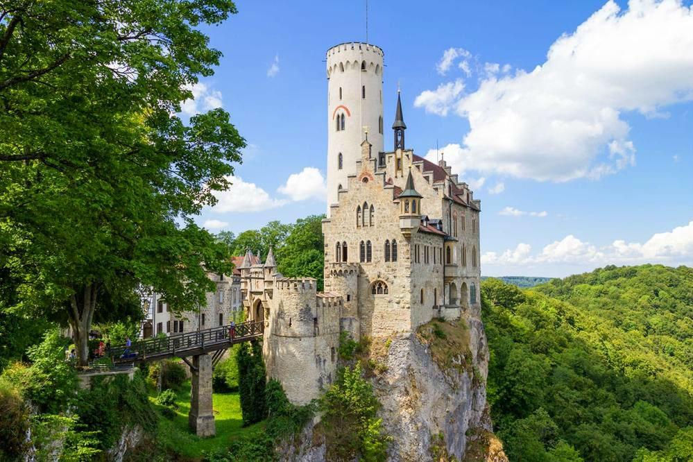 Фото: Замок Лихтенштайн германия 10 завораживающих мест в Германии, о которых мало кто знает lichtenstein castle
