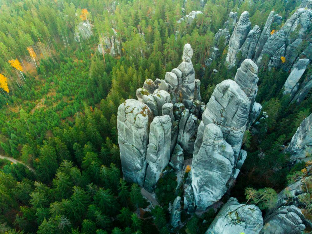 Фото: Адршпашские скалы