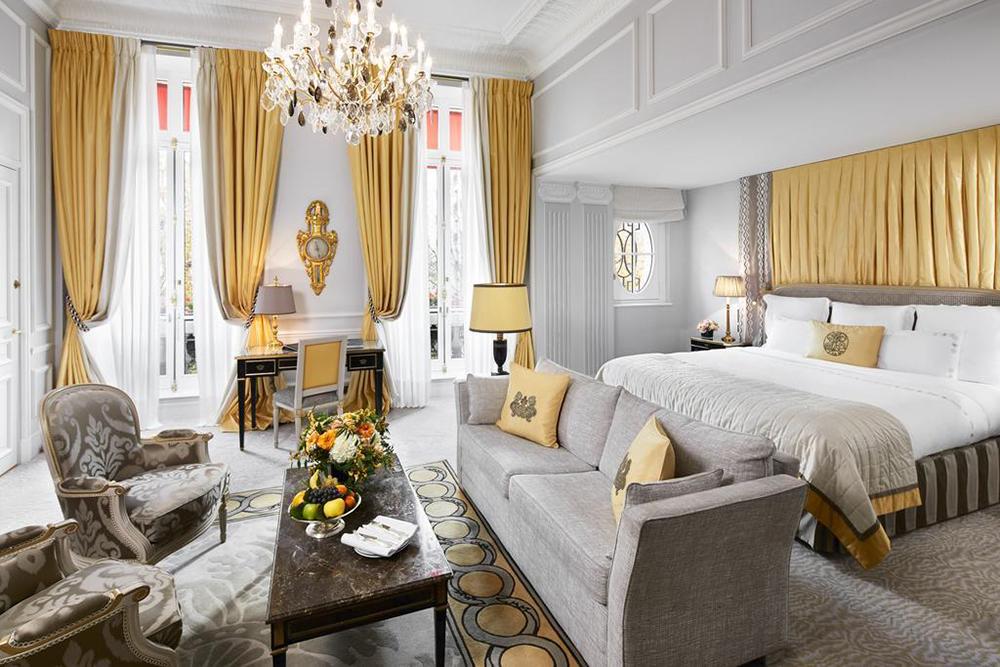 Фото: Hôtel Plaza Athénée Paris, Париж